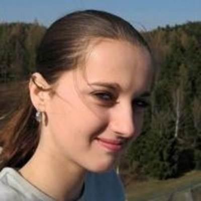 Profile Picture of Alicia Hill